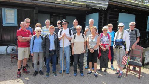Jan Arne Tangerud og gjengen som skulle vandre på pilegrimsleden.